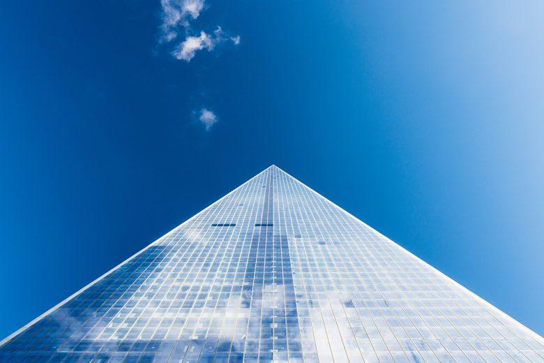 piramida maslowa a zaspokajanie potrzeb