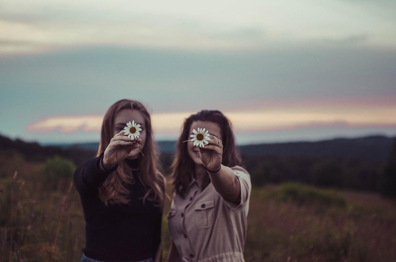 aktywne słuchanie a komunikacja interpersonalna